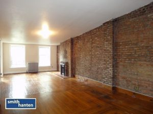 Spacious 1br plus den steps away from Subways