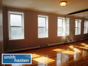 2-bedroom with washer/dryer on Court St. in Cobble Hill